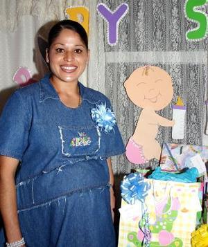 María Díaz de Oropeza espera el nacimiento de su segundo bebé