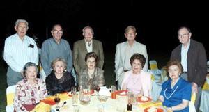 Conchita de Cantú, Aida de Villarreal, Cristina de Yarza, Bertha de Berlanga, Licha de Villarreal, Aristeo Cantú, Mario Villarreal, Antonio Yarza, Sergio Berlanga y Jospe Villarreal.