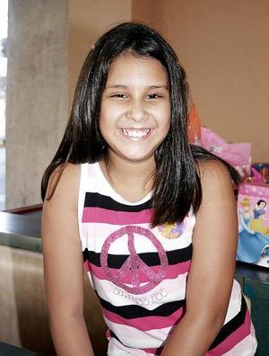 Claudia Viridiana Ramos Piña disfrutó de una fiesta que le organizaron sus papás, con motivo de su cumpleaños 11.