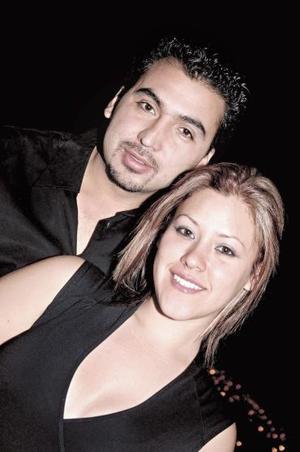 Carlos Anaya y Carolina Cepeda Álvarez formalizaron su próximo matrimonio