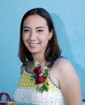 Angélica Ruiz contraerá matrimonio el próximo 28 de mayo, y por ello se le ofreció una despedida de soltera.