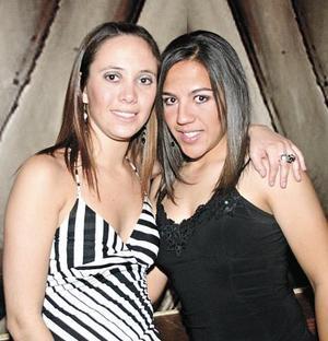 Adriana Cruz y Valeria Castro