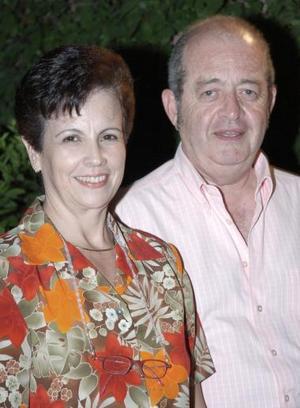 Joaquín Echávez Valverde y su esposa Olga L. de Echávez.