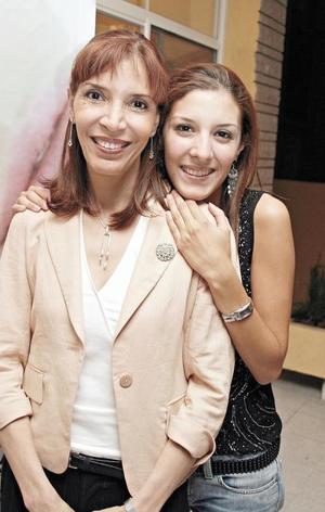 <I>INAUGURACIÓN ASHBEE</I><P>Ana Alicia Canales de Ávila y Ana María Ávila Canales