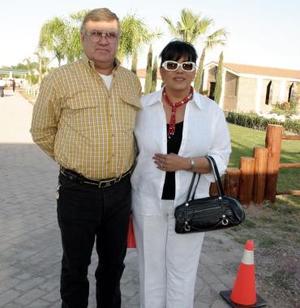 Raúl y Velia Berlanga, en reciente acontecimiento social