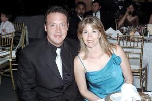 <b>13 de mayo </b><p> Sergio y Susana de González.