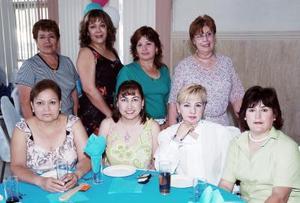 Lourdes Alvarado, Martina Torres, Josefina García, María Dolores González, Adriana Torres, Blanca Gutiérrez, Gaby de Ríos y Tina Monárrez.