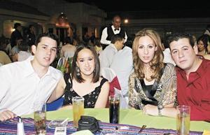 Hector Campos, Montse Gutiérrez, Lorena Pérez y Humberto Rosas