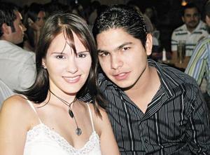 Adriana Lazarín y Enrique Padilla