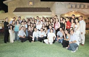 Francisco Martín Villar, Anniel Ruiz Fernández, Guillermo Arratia Abularage y Claudia Rosas Martín acompañados de todas sus amistades y familiares.