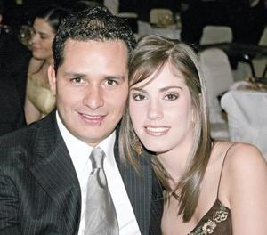 Gustavo Mendoza y Brenda Arriaga