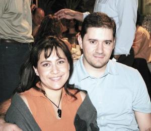 Carmen y Carlos Kuri