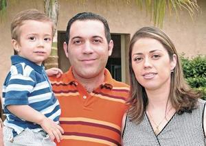 Beto Molina Michel, Alberto Molina y Jacqueline Michel de Molina