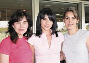Mónica R. de Acosta, Blanca F. de Contreras y Gaby B. de Espinoza