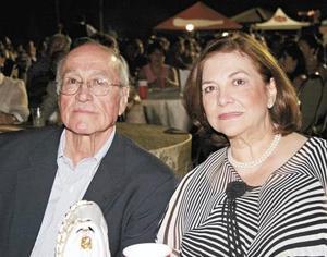 Juan Antonio Estrada y Concha Lavín de Estrada