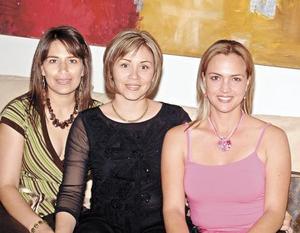 Verónica de Estrada, Rocío Berumen de Yassin y Verónica Palacios de Froto