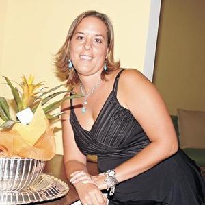 <I>FIESTA DE CUMPLEAÑOS</I><P>Gaby Jiménez de González