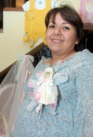 Diana Sosa de Borja, espera el próximo nacimiento de su bebé