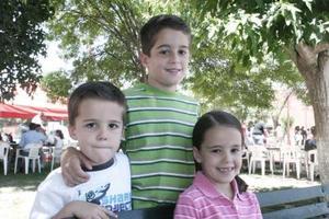 Ernesto , Ana Carmen y Andrés Sesma