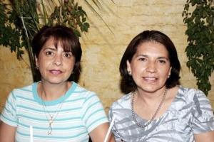 Lucy y Lilia Salas.
