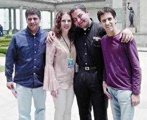 <b>16 de mayo </b> <p> Alejandro Colin, María Estela Morales, Édgar Morales y José Fernández.jpg