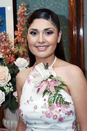 Cristina Ríos Herrera recibió sinceras felicitaciones en la despedida que se le ofreció.