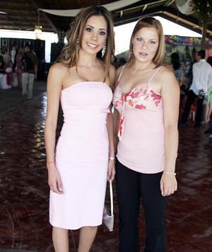 Charlotte González y Carolina Toussaint