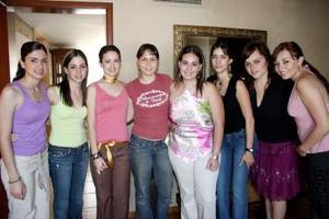Laura Batarse, Lorena García, Sophia Martín, Julia Peña, Julia Salazar y Myrna Hoyos