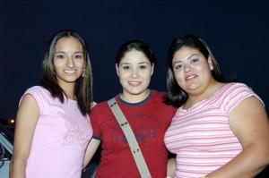 Érika y Maryuri Sánchez e Ivette Ramos.