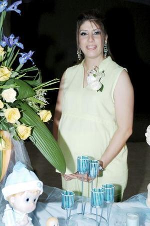 Marcela Pérez de Huerta espera el nacimiento de su bebé que seerá niño en fechas próximas.