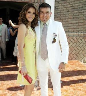 Celia Arroyo de Lizárraga y Poncho Lizárraga