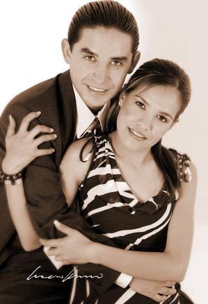 Sr. Ricardo López Sánchez y Srita. Hilda Alejandra Pérez de la Fuente efectuaron su presentación religiosa el sábado 30 de abril.
