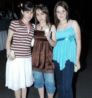 Sandra Duarte, Estefanía Álvarez e Ilse Fernández