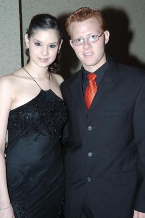 Yadzia Pacheco y José Antonio Chong.