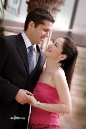 Gerardo Murra Rebollo y Vicky Ibargüengoitia García.