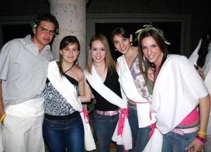 Chuy, Mecha, Clarissa, Imelda y Claudia.
