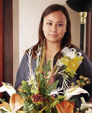 Gabriela E. Ochoa Mejía disfrutó de una despedida de soltera que le organizó su mamá, la Sra. Olivia Mejía, con motivo de su próximo matrimonio.