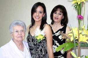 La futura novia, Érika Uribe Muñoz fue festejada