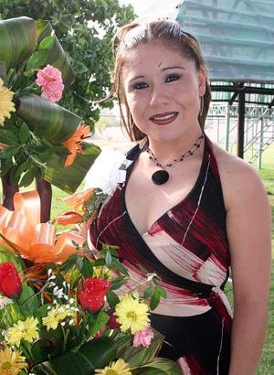 Laura Esther Carvajal Castro contraerá matrimonio con Jorge Alberto Escalera.
