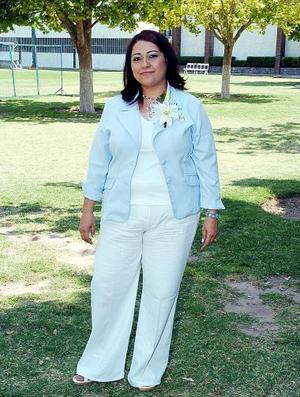 Liliana Barrios Chávez contraerá nupcias en breve.
