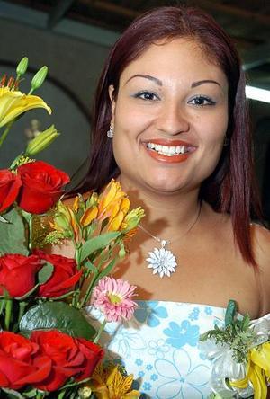 Mercedes Méndez Muñoz, capata en su fiesta de despedida