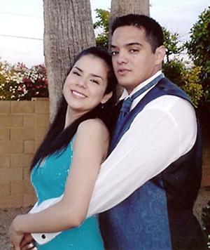Sr. Michael Patterson y Paloma Rosales