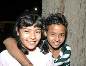 Frida Vanessa Ramírez Martínez y Fernando Antonio Muñoz Martínez en reciente festejo