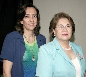 <b>23 de mayo </b><p>  Maite López de Rebollo y Yolanda Quintanilla Porragas, captadas recientemente