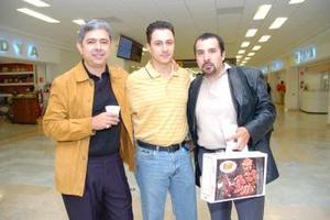 Miguel Habib, Edrel Elías y Fernando Dacaret viajaron a México.
