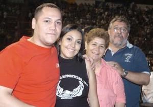 Israel Pérez, Yabel García, María del Carmen Herrera y Mario Pérez.