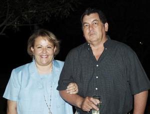 Lourdes González de Islas y Nicolás Islas