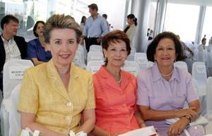 Leticia de Ávila, Amelia de Díaz Flores y María Teresa Wong Sánchez