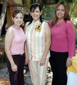 Marcela Oyervides, Liz Arroyo y Nancy Alvarado