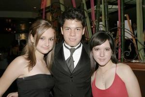 Karla Obeso, Luis Espinoza y María Valdez